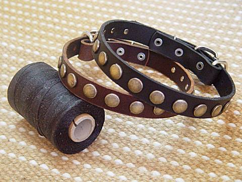 Leather Special Dog Collar With Circles for for dog training or for dog owners